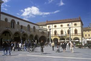 Ravanna-Piazza-del-popolo