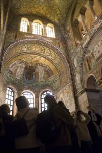 Ravenna-Basilica-San-Vitale-interno-4-201x300